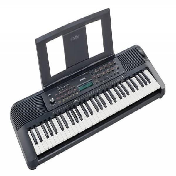 Yamaha PSR E 273 Keyboard